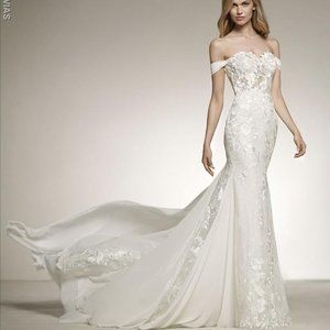 Wedding Dress- Davinia by Pronovias